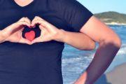 Położ rękę na sercu - wzmocnisz wiarygodność